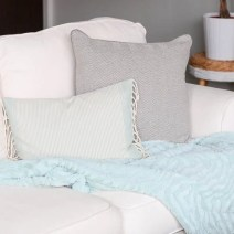 couch-pillows-blanket