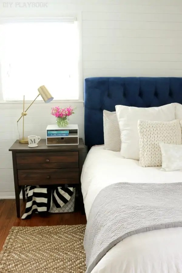 bedroom_nightstand_headboard_flowers-001