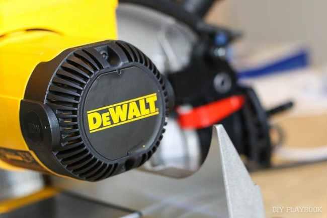 dewalt-power-tools-saw