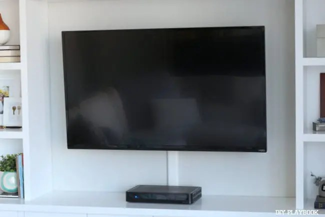 mounted-television-built-ins