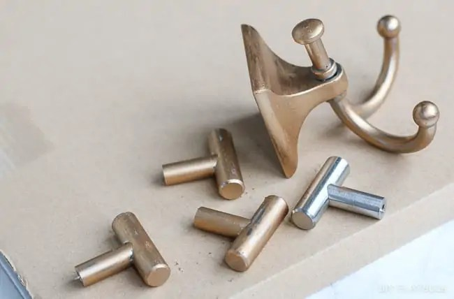 gold-hardware-rub-n-buff