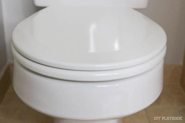 old-toilet-seat