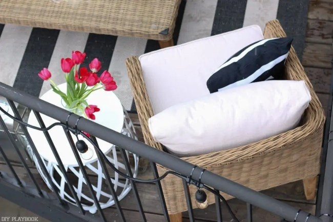 patio_balcony_outdoor_furniture_flowers-46
