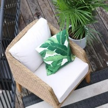 patio_balcony_outdoor_furniture_flowers-6