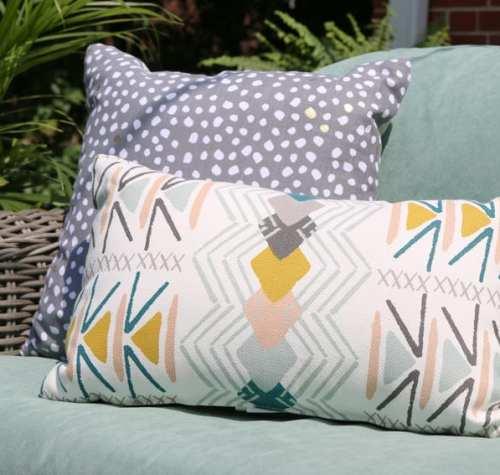 Bridget_Patio_Furniture_flowers_plants-10
