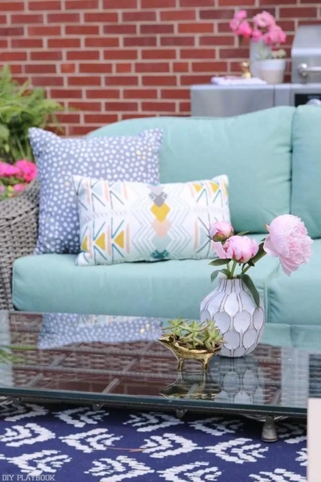 Bridget_Patio_Furniture_flowers_plants-12