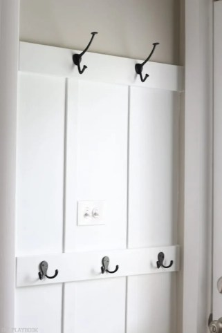 laundry_room_board_and_batten_hooks-9