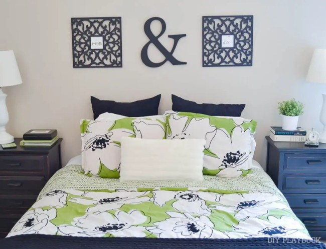 st-louis-bedroom-master-green-bedding-1
