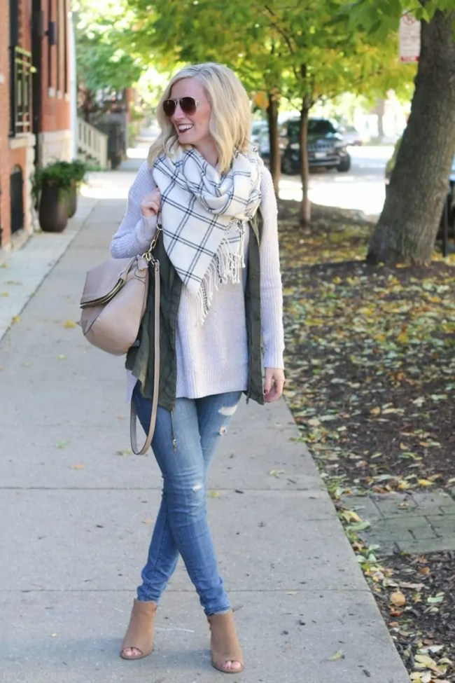 bridget_fashion_fall_sweater_vest_scarf_booties-3