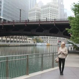 chicago_bridget_fashion_fall-bridge-sweater