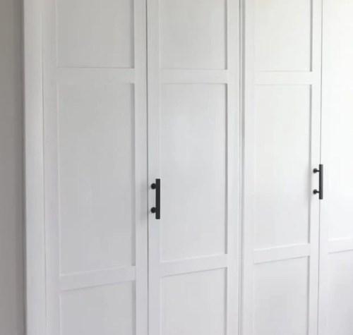 lowes-makeover-bedroom-reveal-closet-doors-hardware