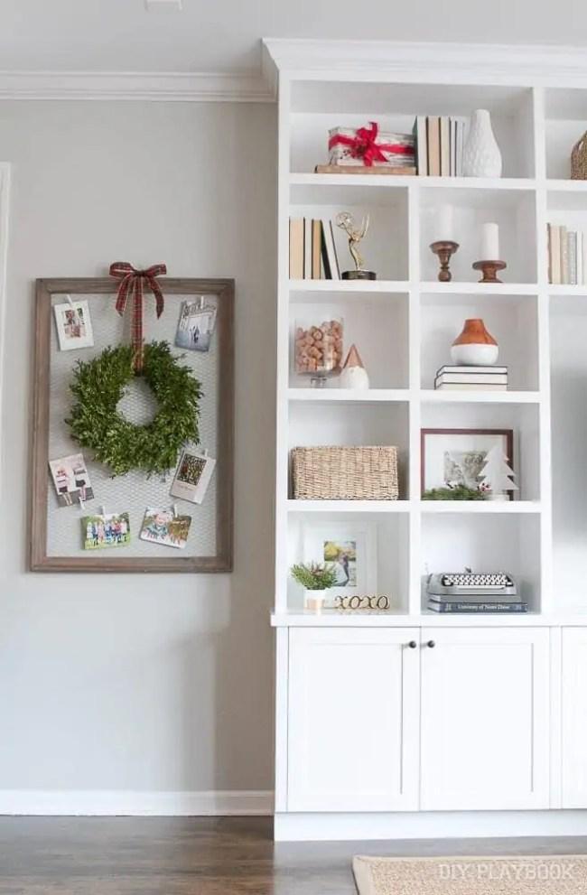 built-ins-christmas-card-display