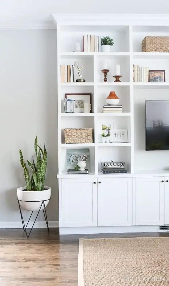built-ins-family-room
