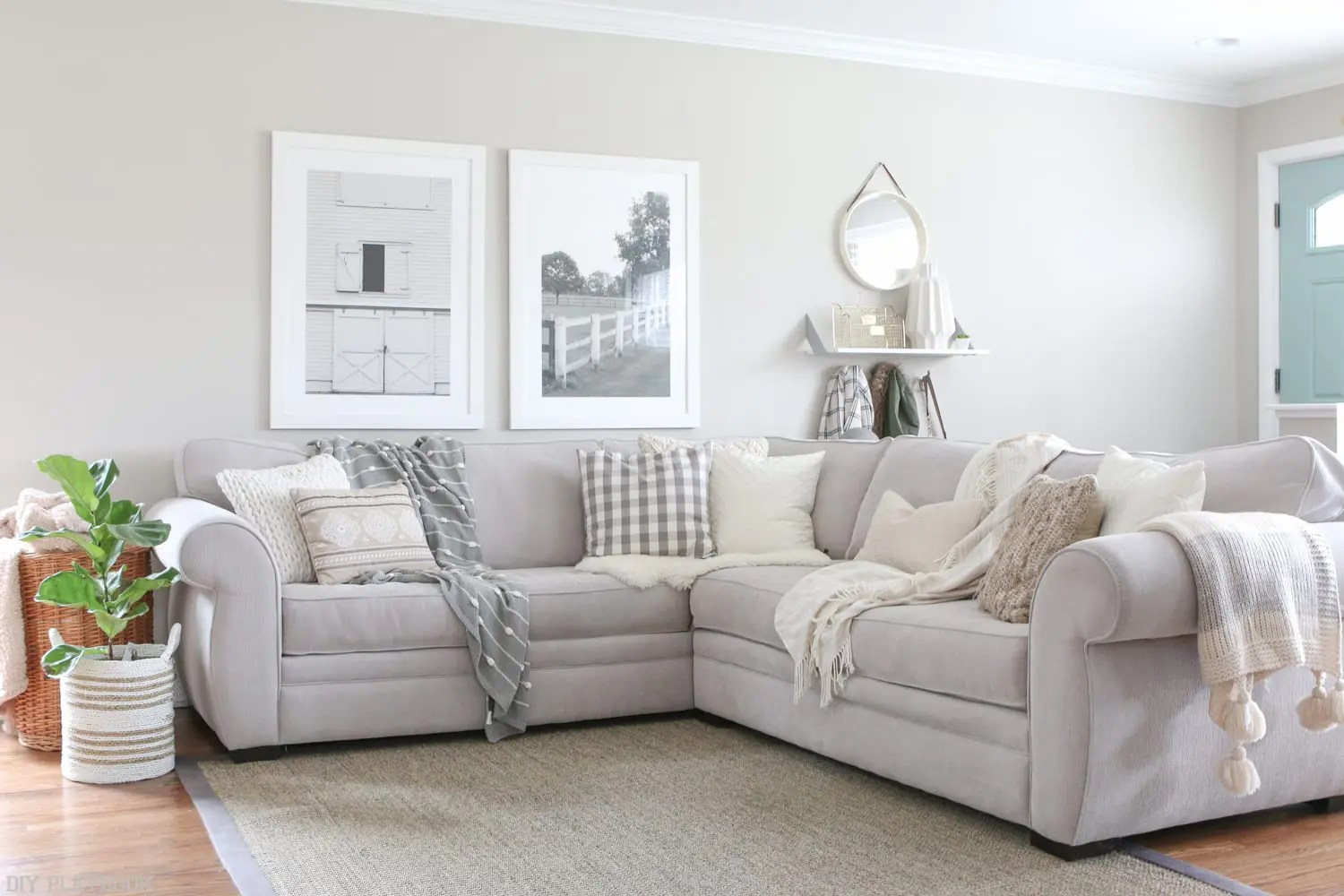 How To Choose Throw Pillows For A Gray Couch The Diy Playbook