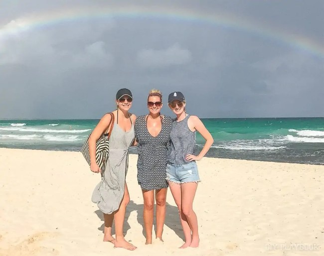 mexico-lauren-casey-bridget-beach-ocean-rainbow