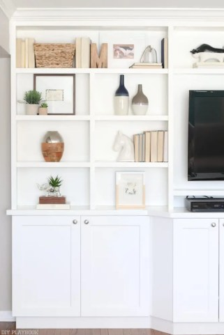 family_room_built-in_frames_shelves-2