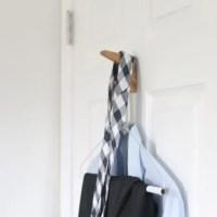 Clothes_hanging_on_doorjpg
