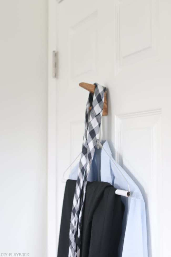 Clothes_hanging_on_doorjpg