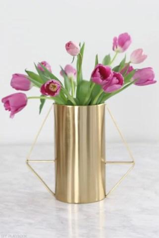 How-to-arrange-tulips-8