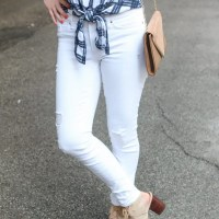 Spring_White_Jeans_Sandals_Fashion
