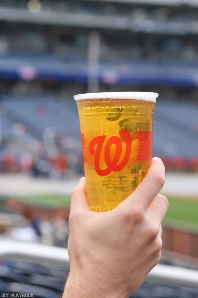 Washington_Nationals_Stadium_travel_Baseball_beer-5