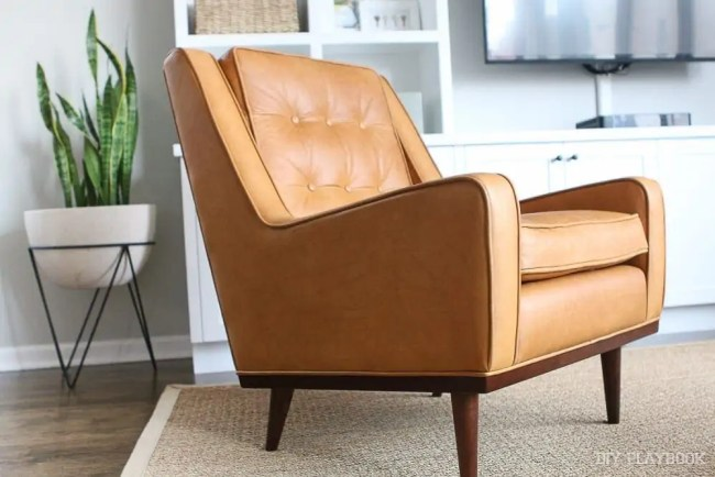 leather-cognac-chair