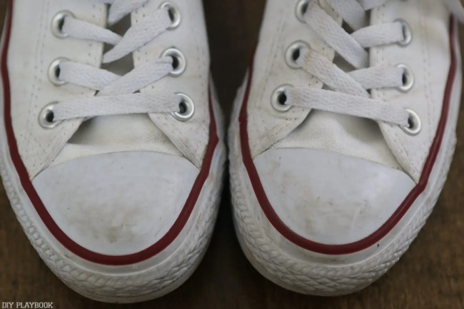 How_to_clean_Converse_Gymshoes-4