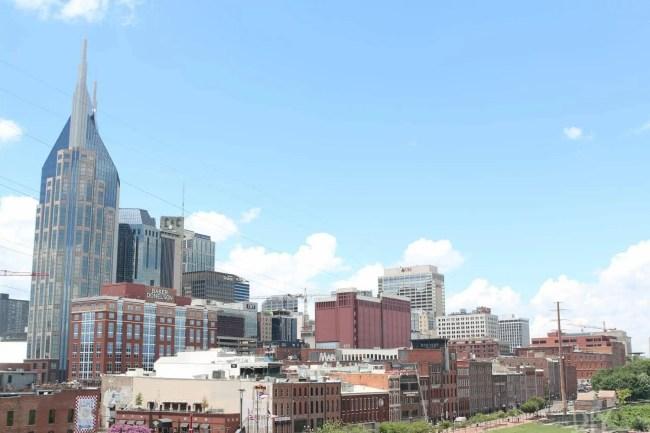Travel_Nashville-skyline