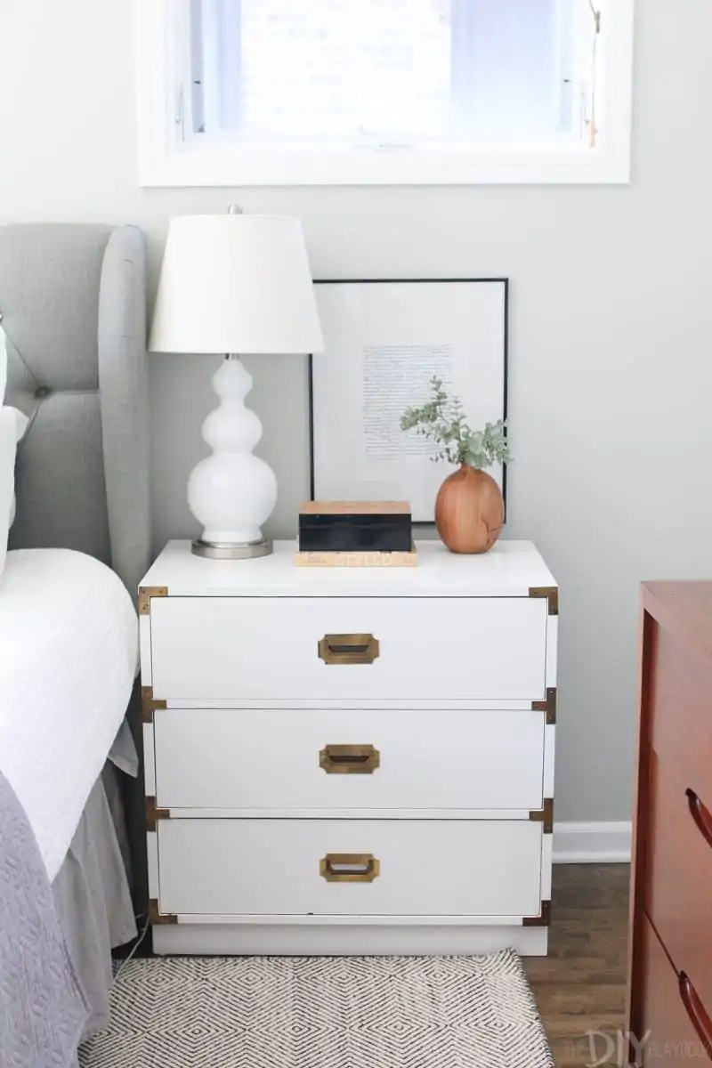 Avoid Too Much Matching Furniture In Room Design The Diy