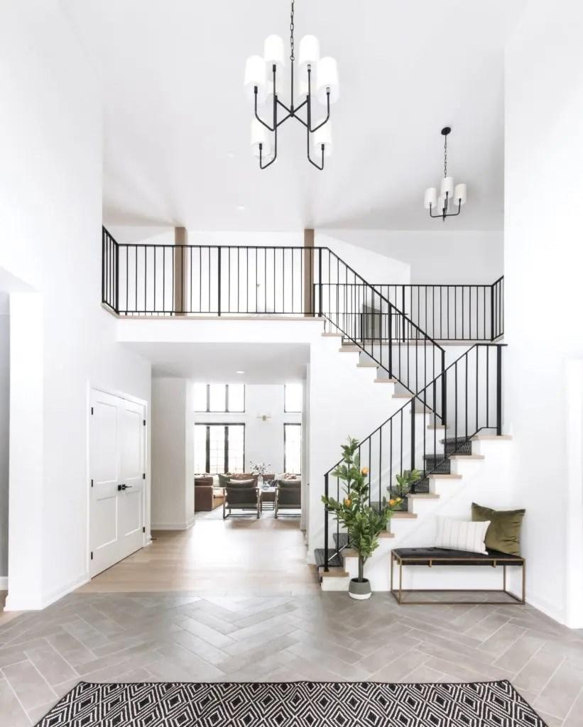 Metal Stair Railings Makeover Inspiration The Diy Playbook | Diy Metal Stair Railing | Outdoor | Exterior | Beginner | Indoor | Metal Baluster Drywall