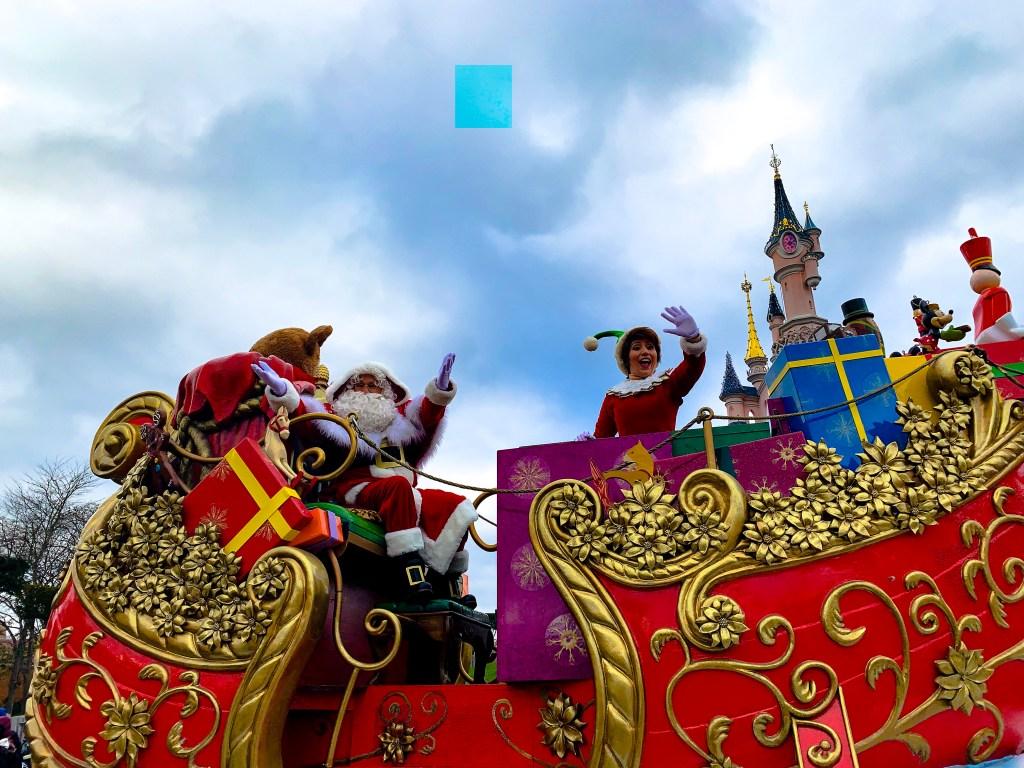 Disneys Enchanted Christmas parade