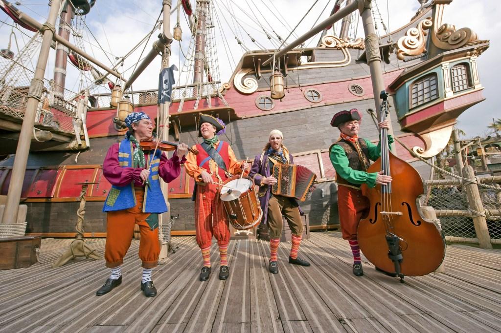 Pirates & Princesses Hoist the Flags Matey