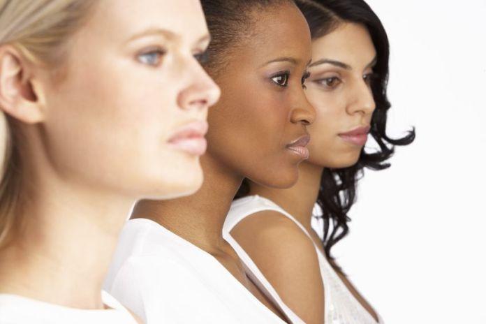 3 women looking in distance 123RF