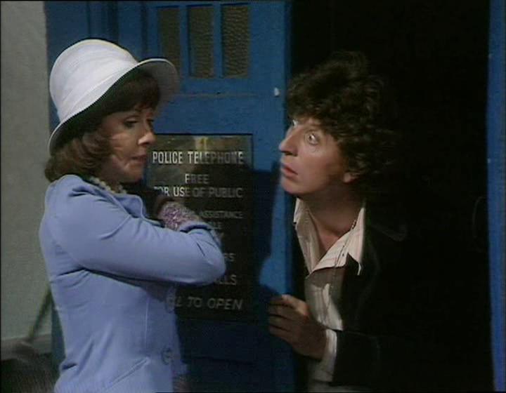 Robot 4th Fourth Doctor Tom Baker Elisabeth Sladen Sarah Jane