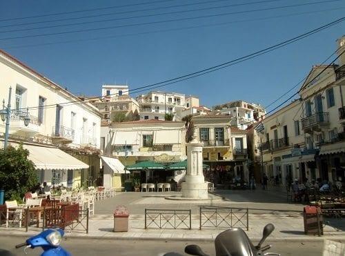 poros town square