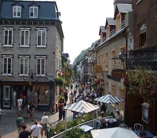 Rue du Petit-Champlain [PhotoCredit]