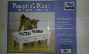 Stinking Cute PawPrint Diner