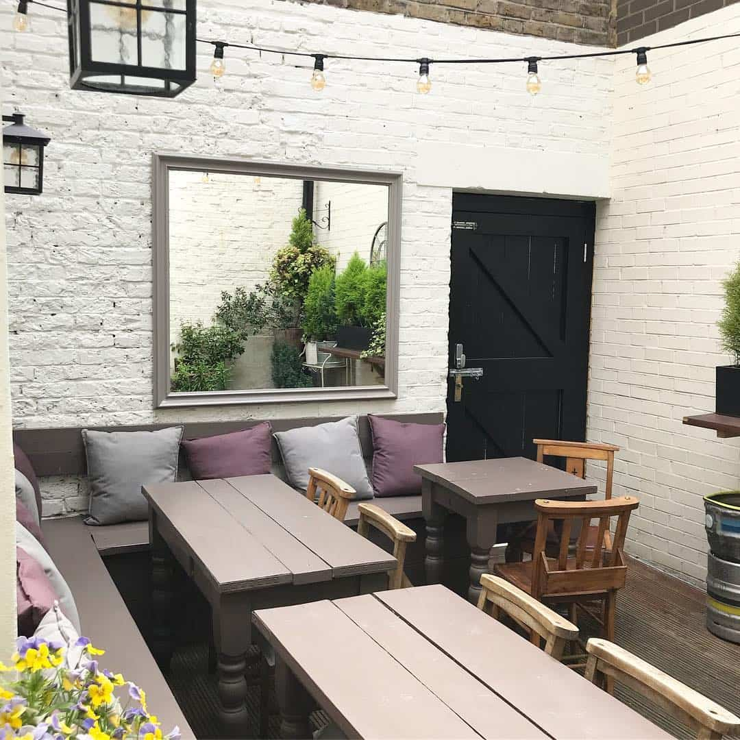 My Dog Friendly London By Amber - Dog Friendly Elephant & Castle - Albert Arms 4