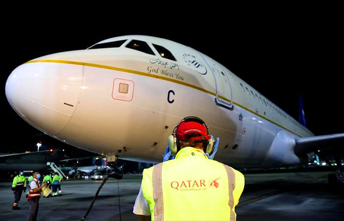 The arrival of the first Saudi plane to Doha