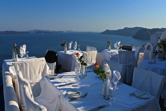 Best-Luxury-Restaurants-in-Santorini-Top-10-2.-Ambrosia