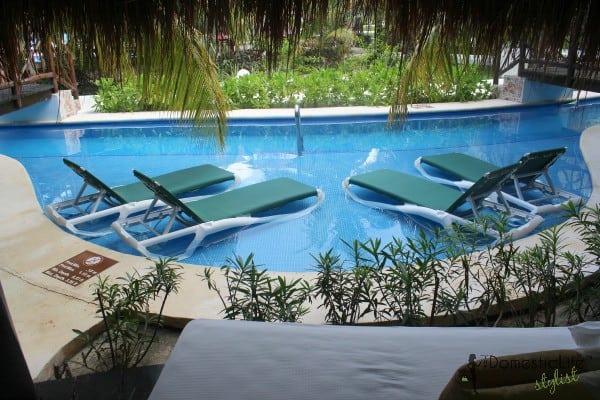 Casitas royale pool