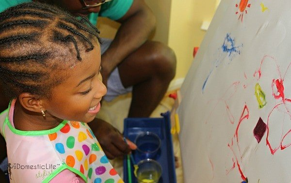 girl painting, father daughter activities