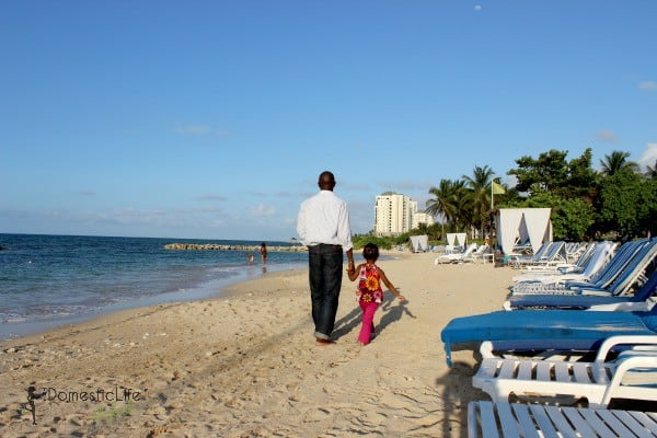 walk at the beach, father daughter activities