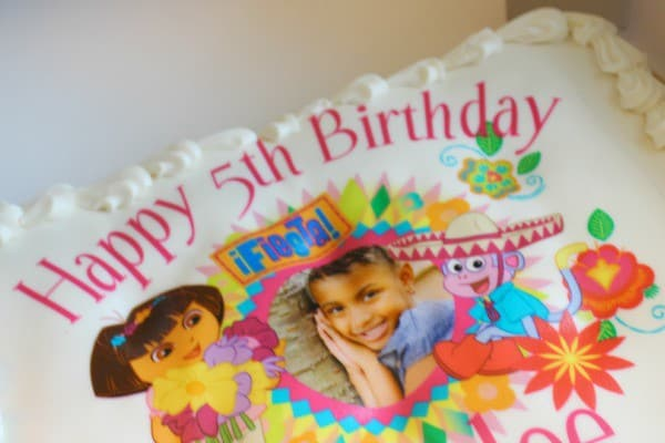 Dora birthday cupcakes