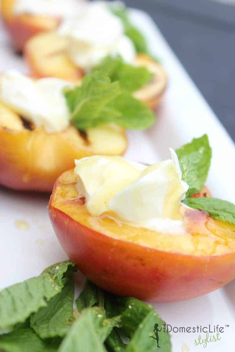 grilled peaches with mascarpone