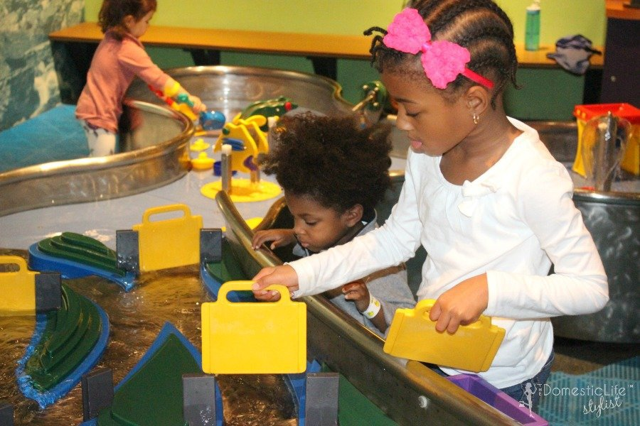 water play Maryland Science Center