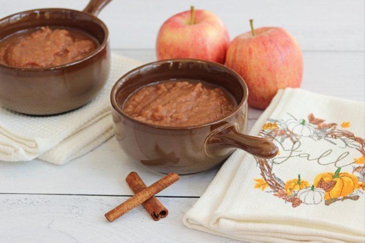 How Unsweetened Applesauce (Slow Cooker Recipe)