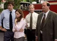 """THE OFFICE -- NBC Series -- """"Fire"""" -- Pictured: (l-r) John Krasinksi as Jim Halpert, Jenna Fischer as Pam Beesly, Paul Lieberstei as Toby, Brian Baumgartner as Kevin -- NBC Universal Photo: Paul Drinkwater FOR EDITORIAL USE ONLY -- DO NOT RE-SELL/DO NOT ARCHIVE"""
