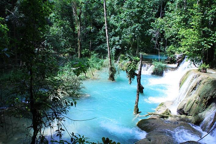 Türkise Wasserfälle bei Luang Prabang