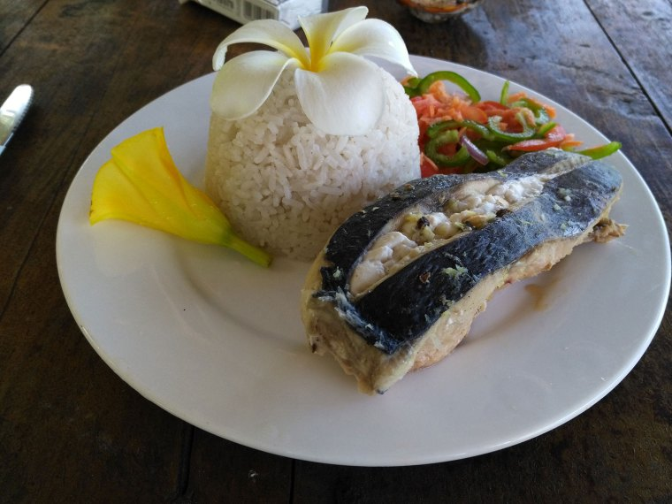 Upepo Beach Resort Food